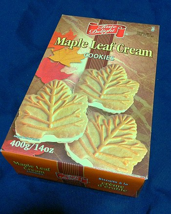 Maple Leaf Cream Cookie